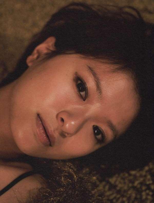 榮倉奈々 エロ画像053