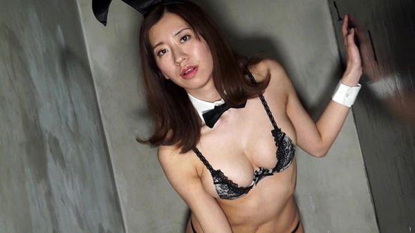 巨乳ヌード放送事故エロ画像038