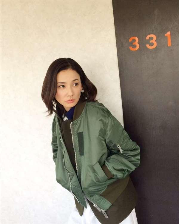 吉田羊 エロ画像040