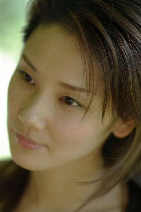 吉田羊 エロ画像079