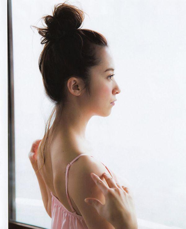 衛藤美彩 エロ画像173