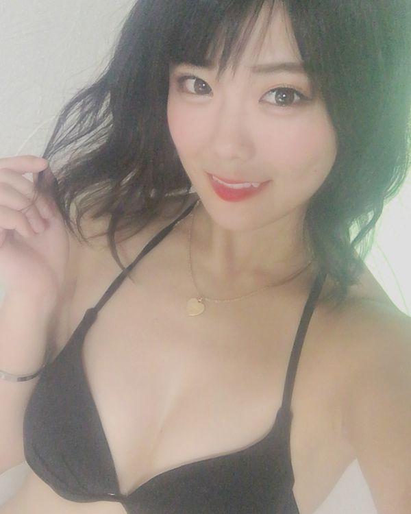 川村虹花 乳首エロ画像057