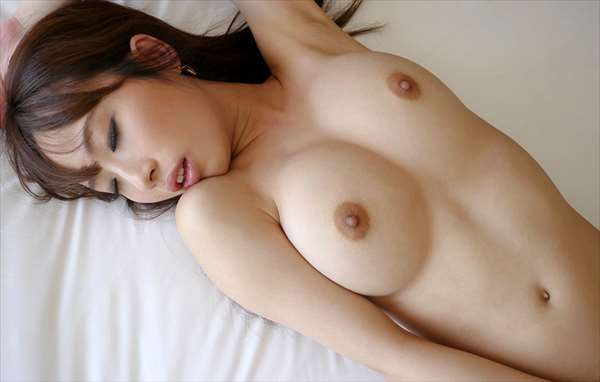 美咲結衣 画像040