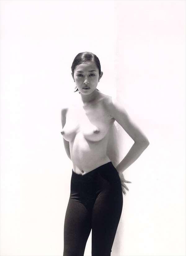 小松千春 画像047