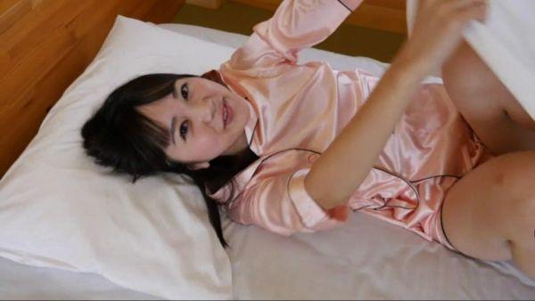 浜田翔子 透け乳首エロ画像036