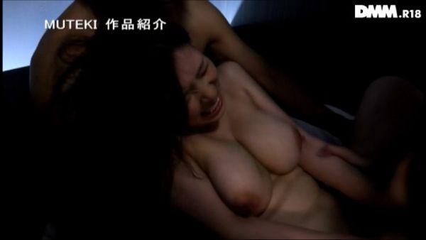 岡田真由香 画像062