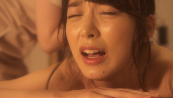 渡辺万美 濡れ場エロ画像033