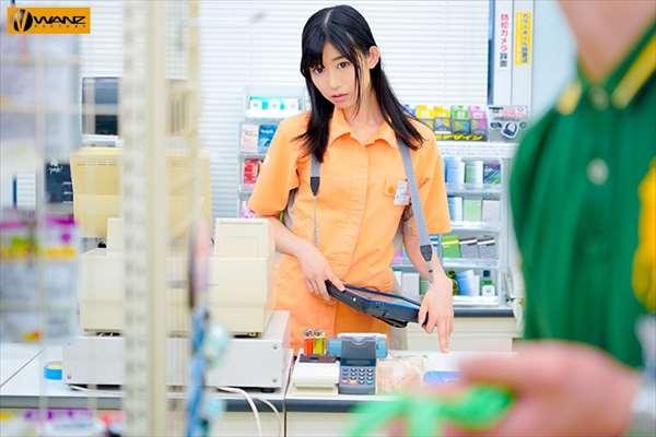 黒川すみれ 画像011