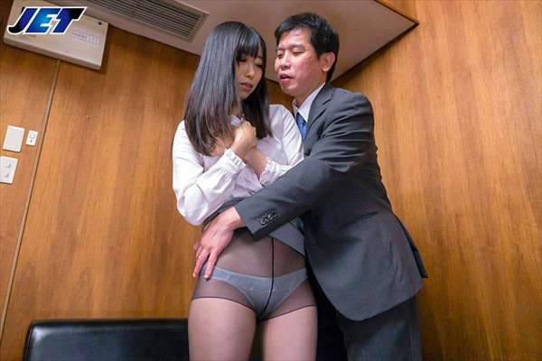 黒川すみれ 画像033