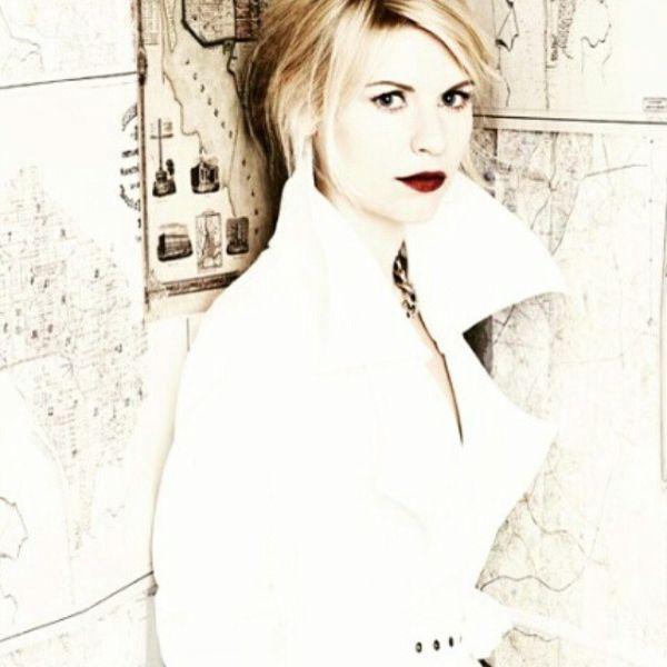 クレア・デインズ 乳首エロ画像